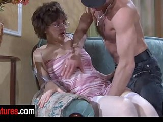 Good-looking 48 years old mom blowing a guy's beefy pecker before hard doggie