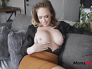BRUNETTE MOM fucks ME